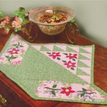 Qilt Basket Table Topper sm