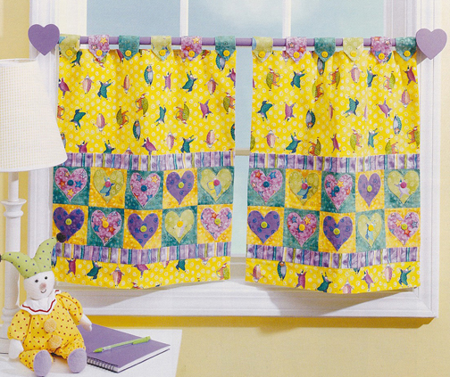 PDS07 Heart Applique Cafe Curtains